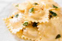 cheese-ravioli-in-brown-butter-sage-sauce